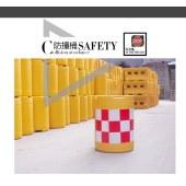 全新料三孔水马滚塑水马塑料防撞桶1.2米1.8米市政围挡注水隔离墩
